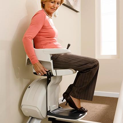蒂森克虏伯     直线型座椅电梯Flow